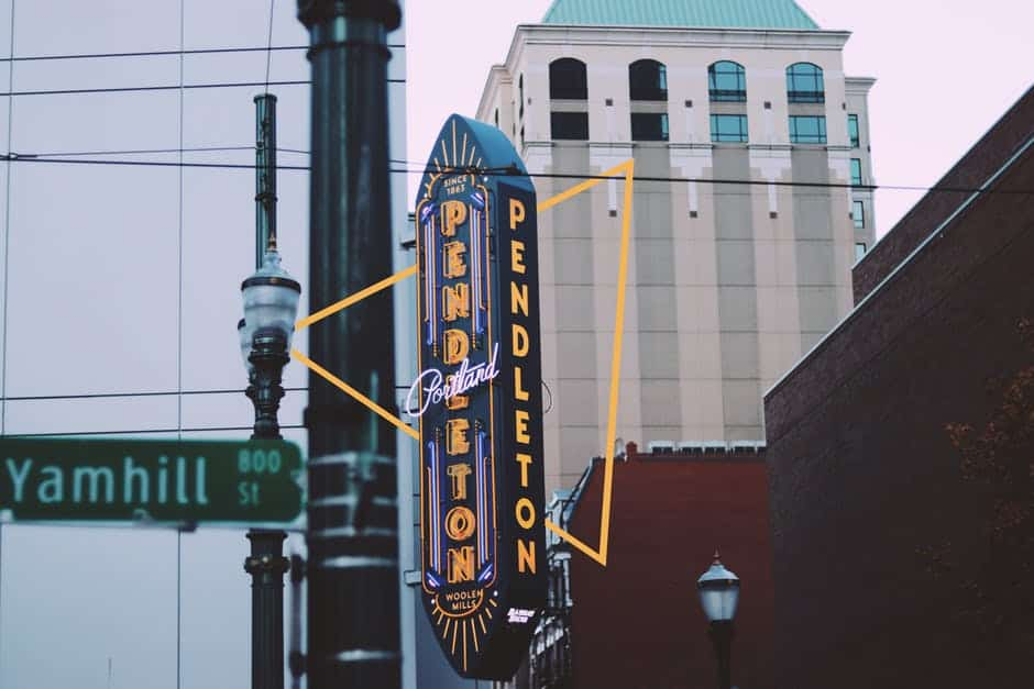 Hypnosis Classes in Portland, Oregon - A sign on the side of a building - Portland